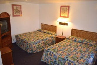 Comfort Inn Santa Cruz - Double Queen Beds