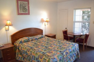 Comfort Inn Santa Cruz - Quiet Location Right off the Freeway