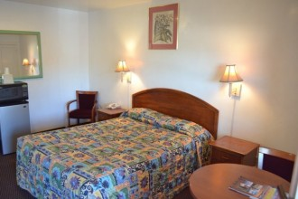 Comfort Inn Santa Cruz - Relax In our Rooms After Visiting the Beach